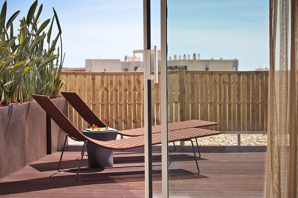 od_port_portals_room deluxe terraza exterior