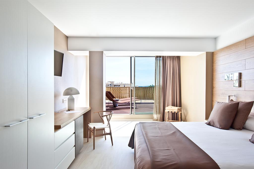 od_port_portals_room deluxe terraza